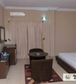Epitome Hotel and Suites